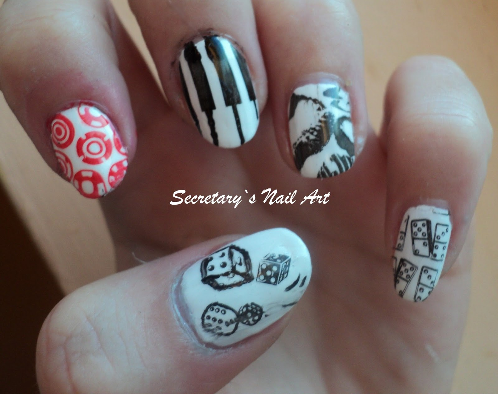 Casino Royale Secretarys Nail Art
