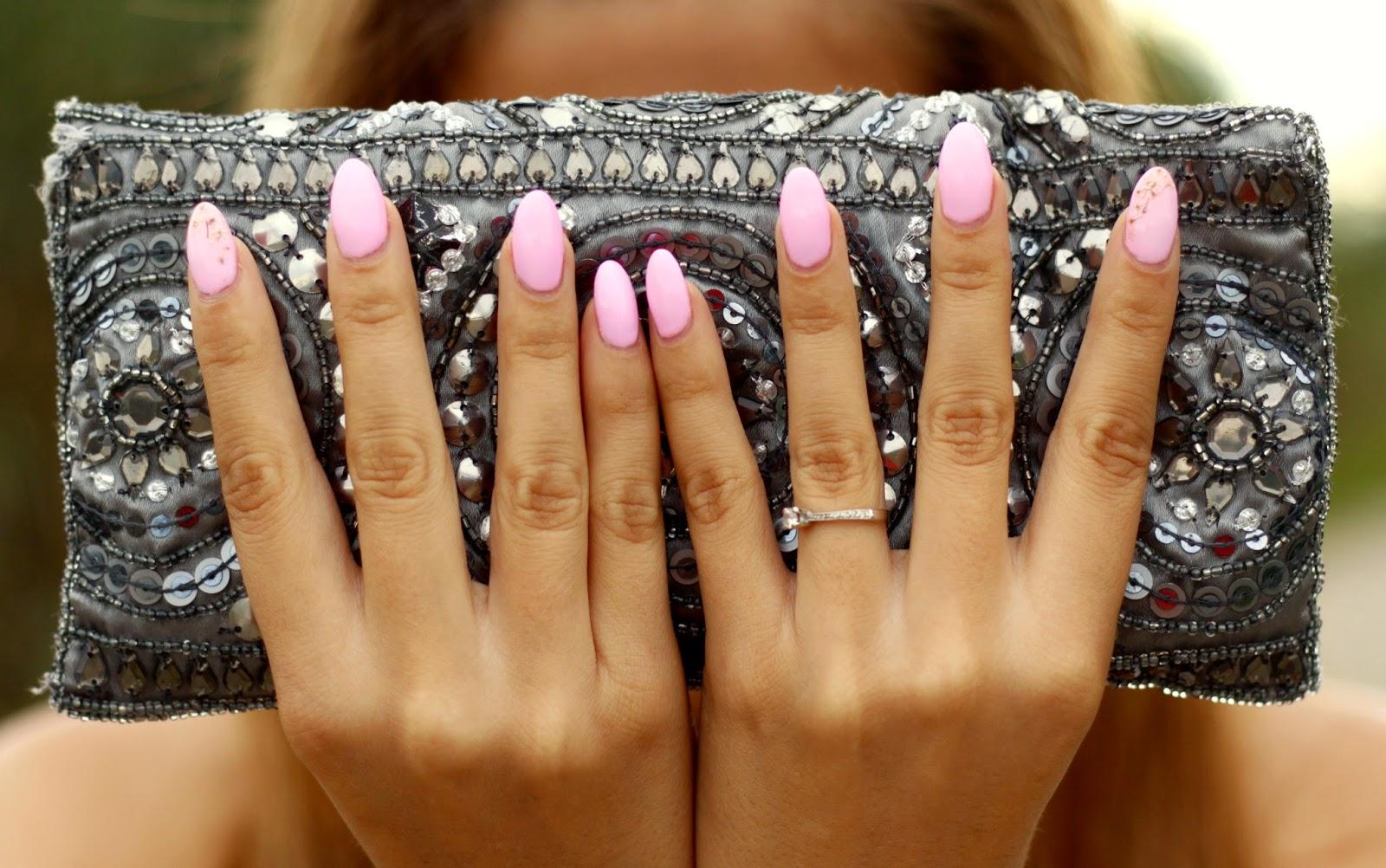 unhas rosa pink