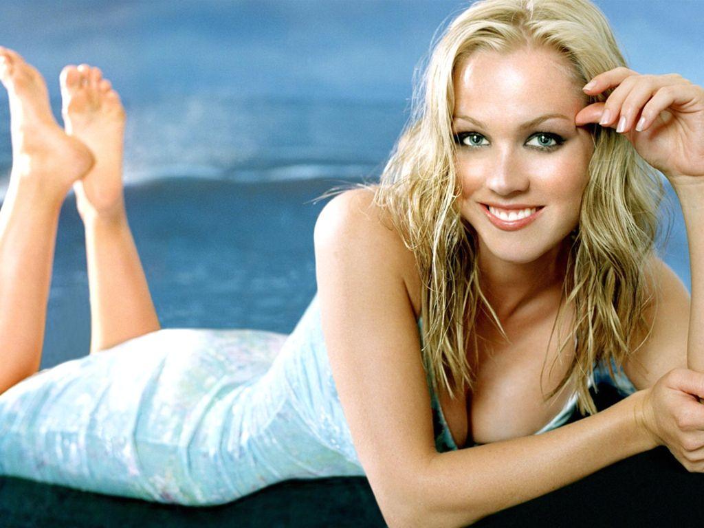 http://4.bp.blogspot.com/-SJU0BpoHxFs/T2AC9yfrm5I/AAAAAAAACVU/ai_gntm6aB4/s1600/Jennie+Garth3.jpeg