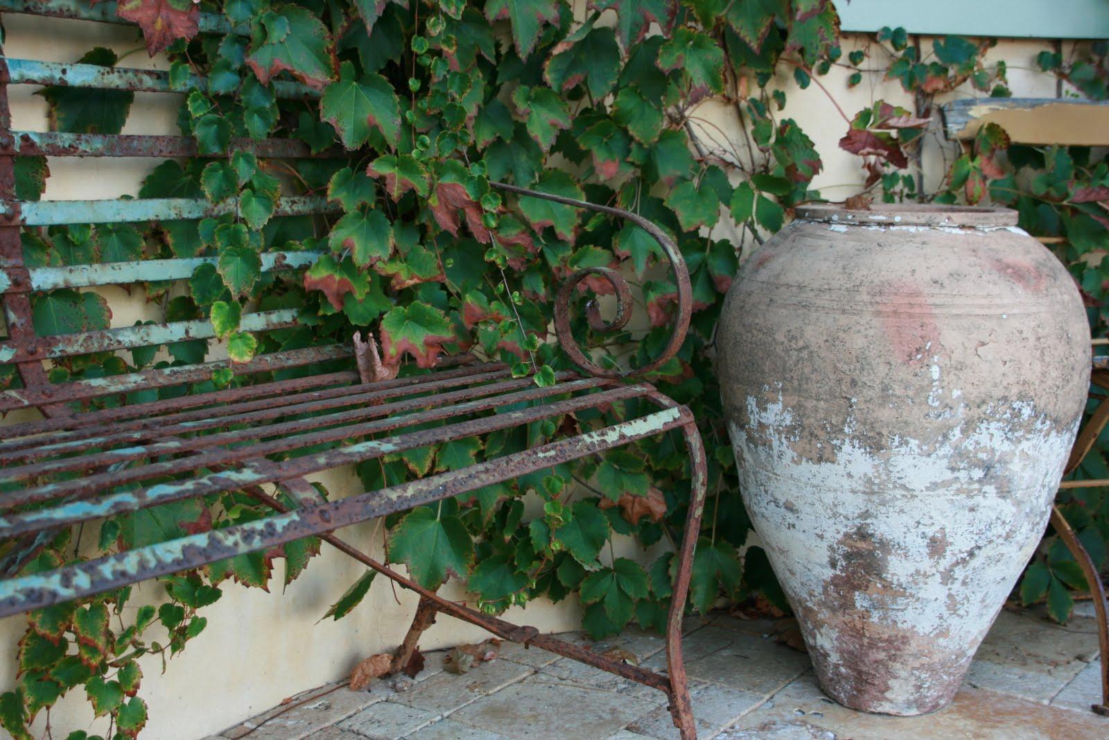 vignette design  rustic gardens  a feast for the senses