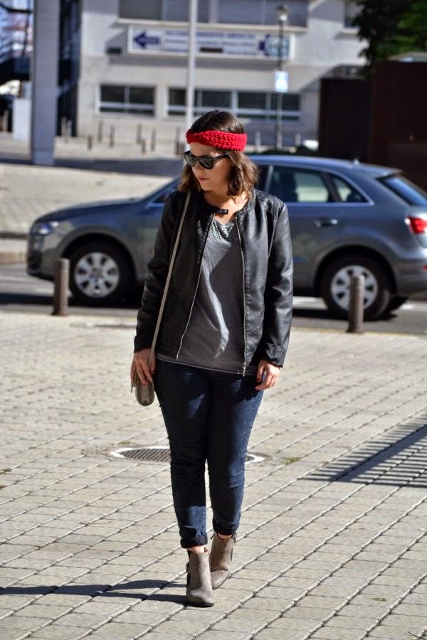 look_outfit_turbante_lana_crochet_burdeos_lolalolailo_04