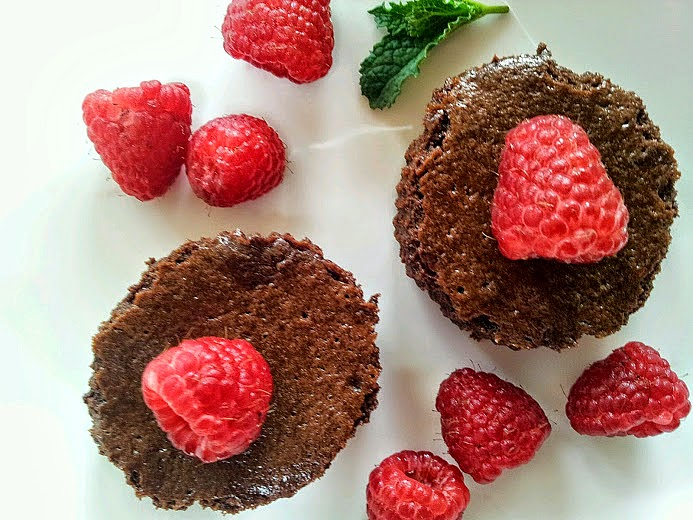 ... 1885™: Flourless Chocolate Cupcakes with Chambord Raspberries