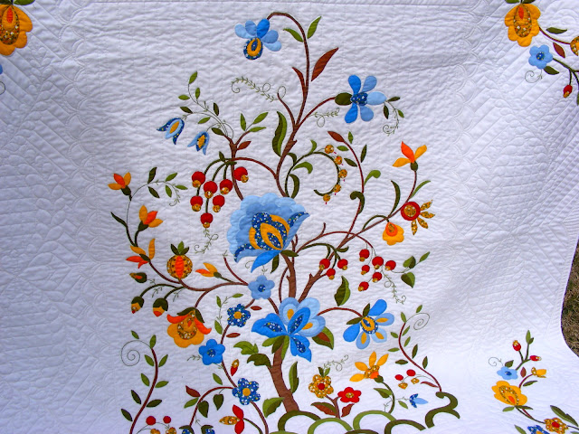 TIA CURTIS QUILTS: Tree Of Life Quilt