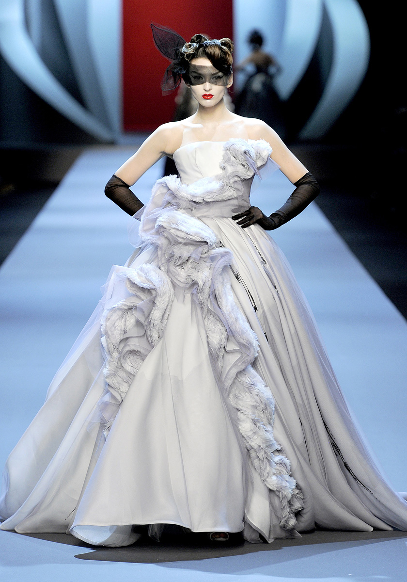 Ma Cherie, Dior: Christian Dior, Haute Couture Spring 2011
