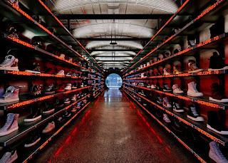 Thiết kế cửa hàng giày độc đáo của thương hiệu Sneakerboy3