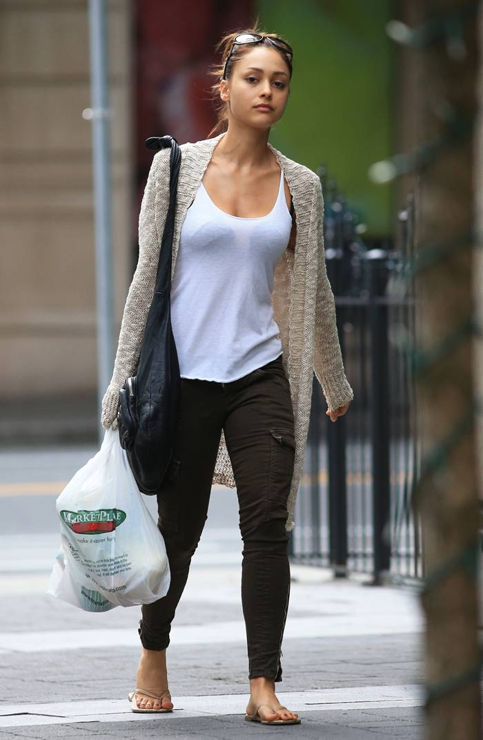 Lindsey Morgan Shopping In Vancouver