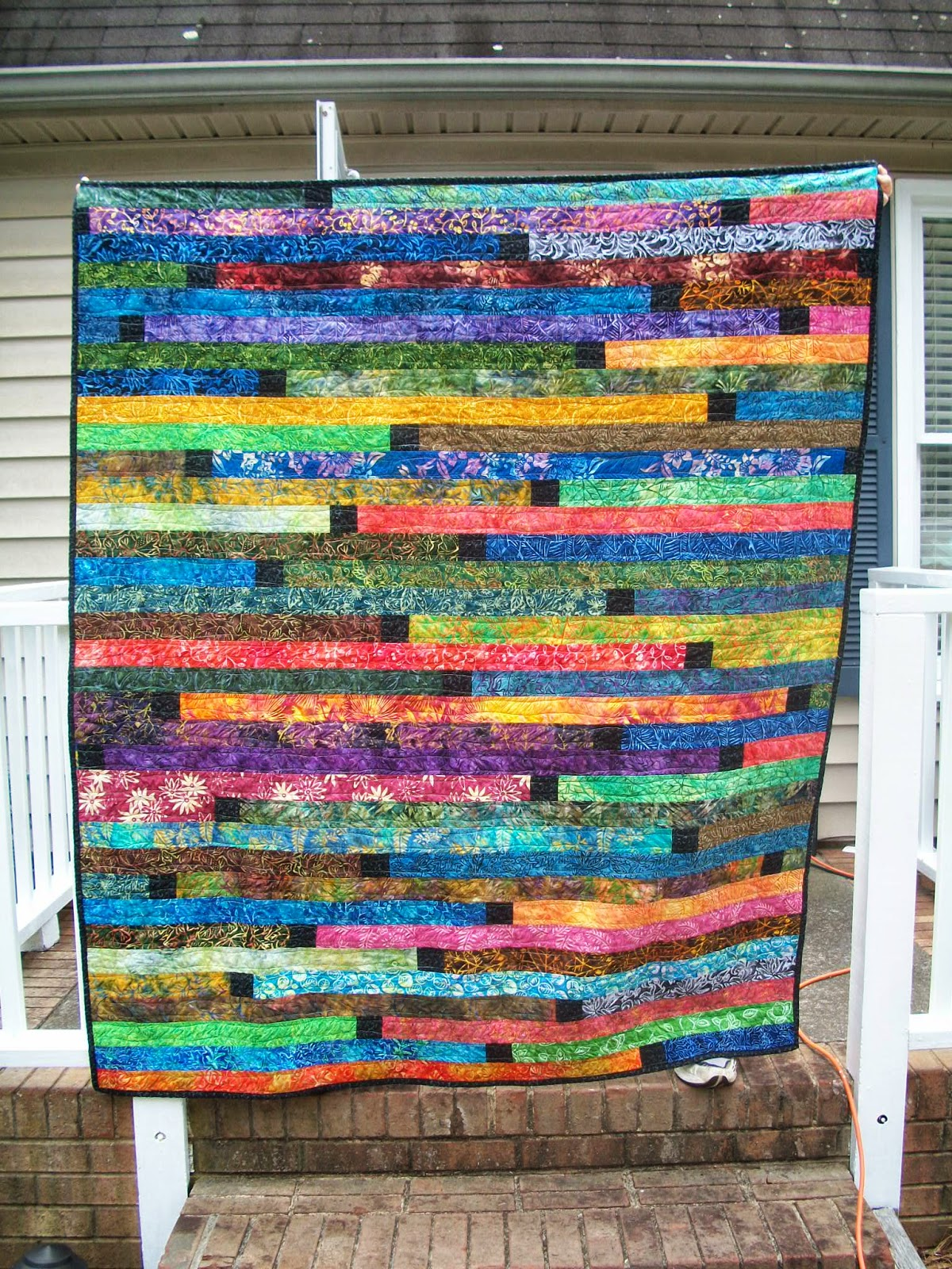 Sew Cook and Travel: Dark Batiks Jelly Roll Race Quilt with ... : quilting jelly roll - Adamdwight.com