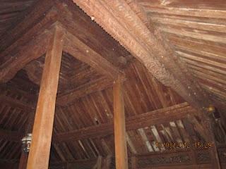 atap joglo kayu