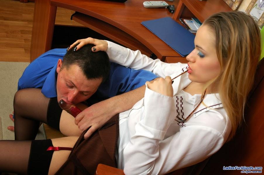 Секретарши в брюках