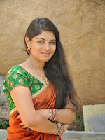 Actress Anusha Photos in Half saree-cover-photo