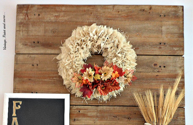 Vintage, Paint and more... DIY burlap wreath for a Fall mantel