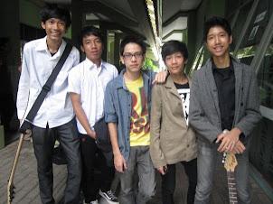 Gitaris Band HARIKEN (2009)