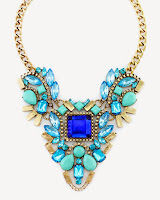 http://shoptheshoppingbag.com/collections/accessories/products/suki-bib-necklace