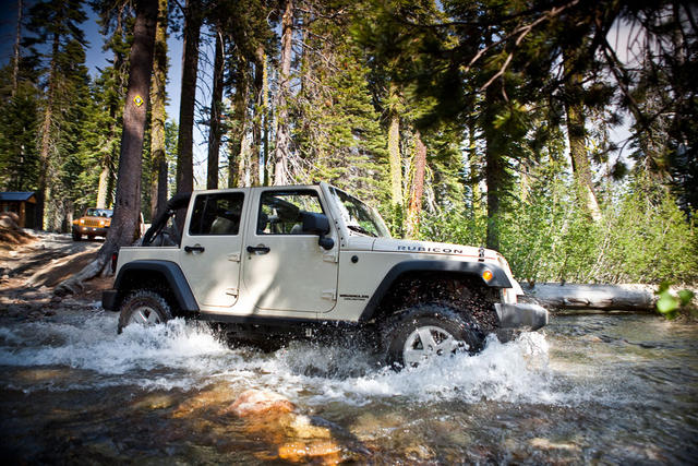 2012-Jeep-Wrangler-Unlimited-Water