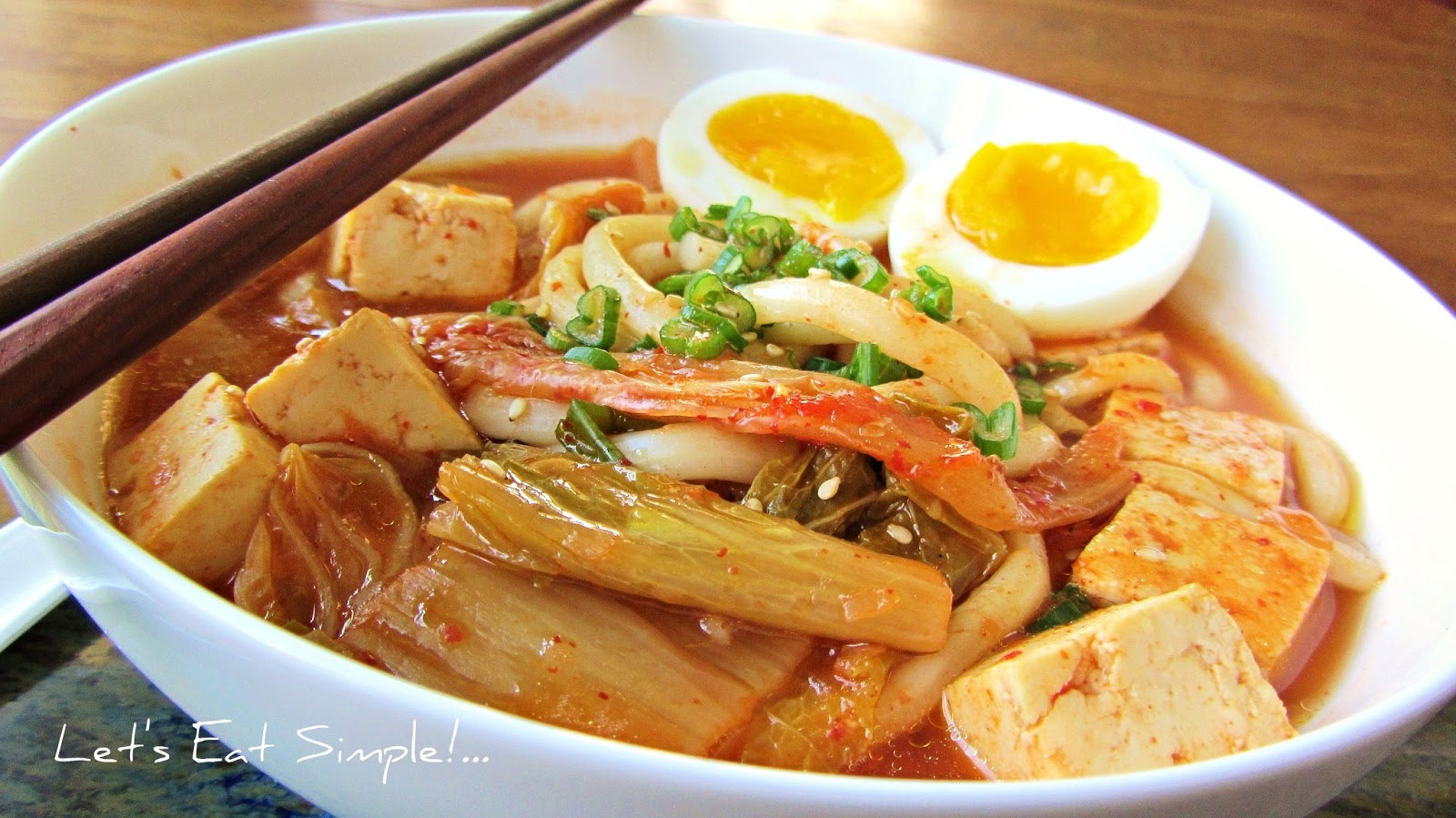 Let's eat.....simple!: Kimchi and Tofu Udon Noodle Soup