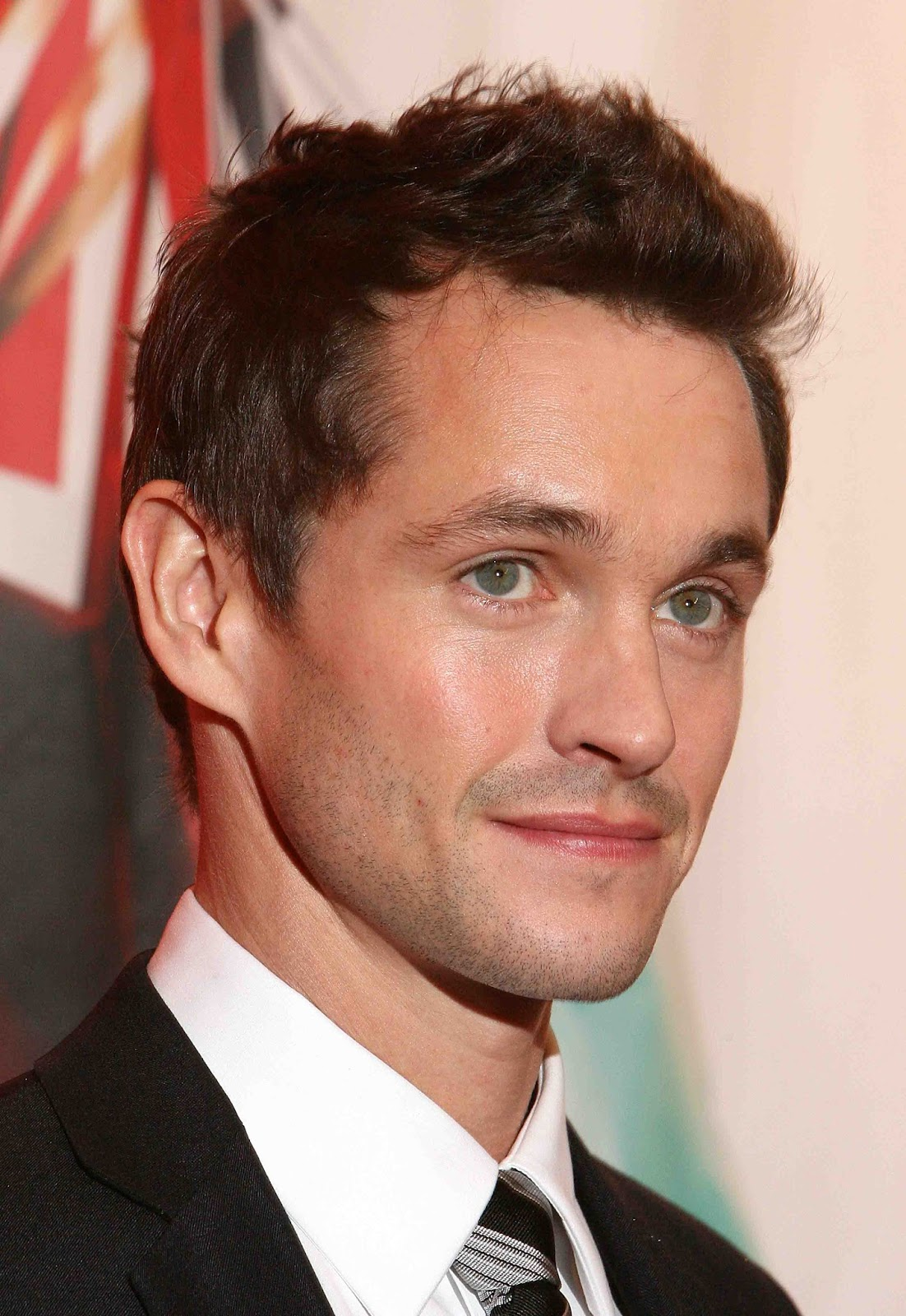 Hugh Dancy Eyes | xperehod.com