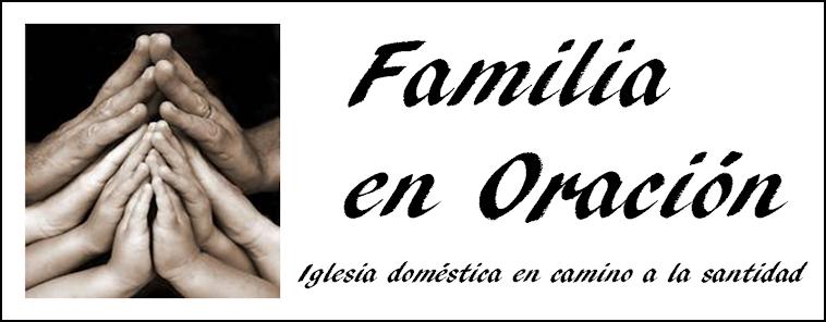 familia en Oración