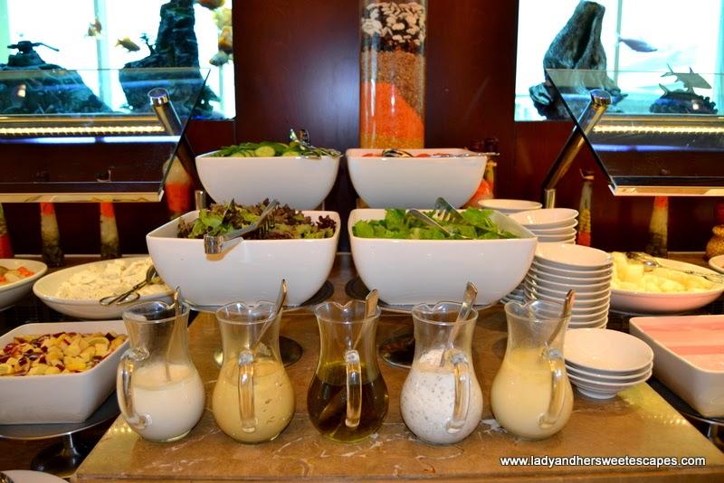 breakfast buffet at Al Murjan in Oceanic Hotel