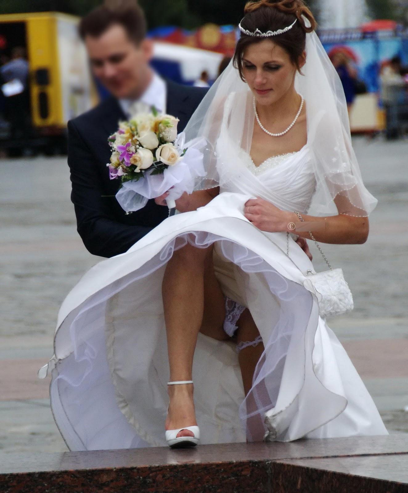 Под юбкой невесты 7 фотография
