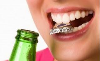 Kebiasaan yang tanpa disadari merusak gigi