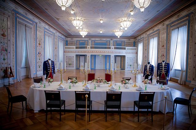Envie D 39 Oslo Palais Royal