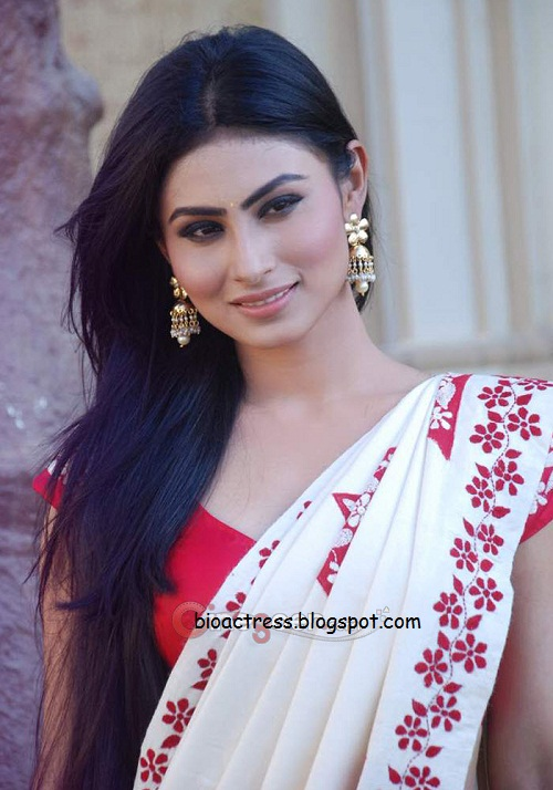 kailasanathan serial actress mouni roy Sati saree hot and sexy gallery