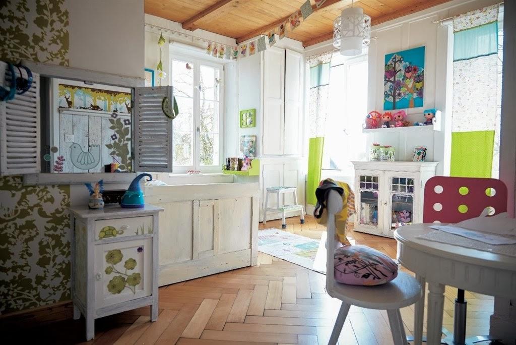 Inspiration shabby a casa di una famiglia creativa con ikea - Casa shabby chic ikea ...