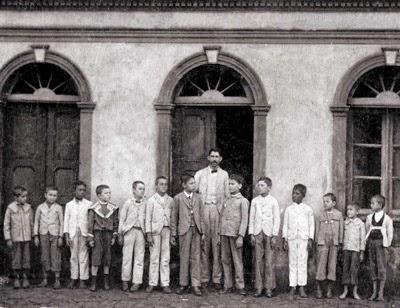 O primeiro Grupo Escolar 1907
