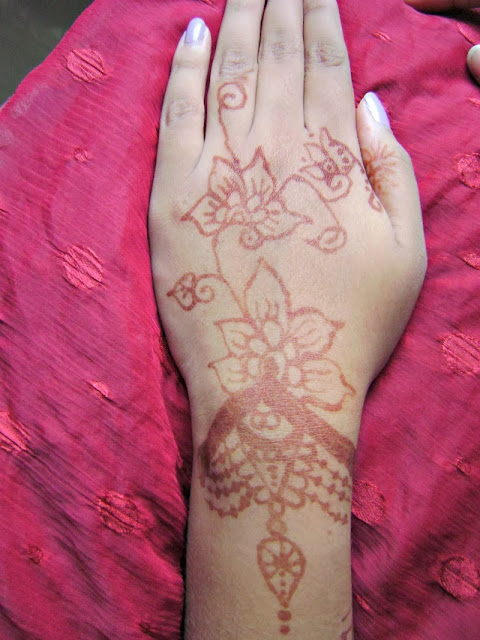mehendi design,backhand