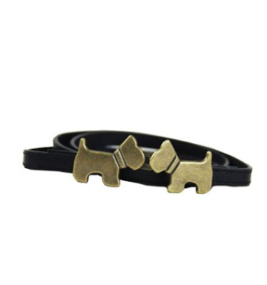 Belt with kissing dogs