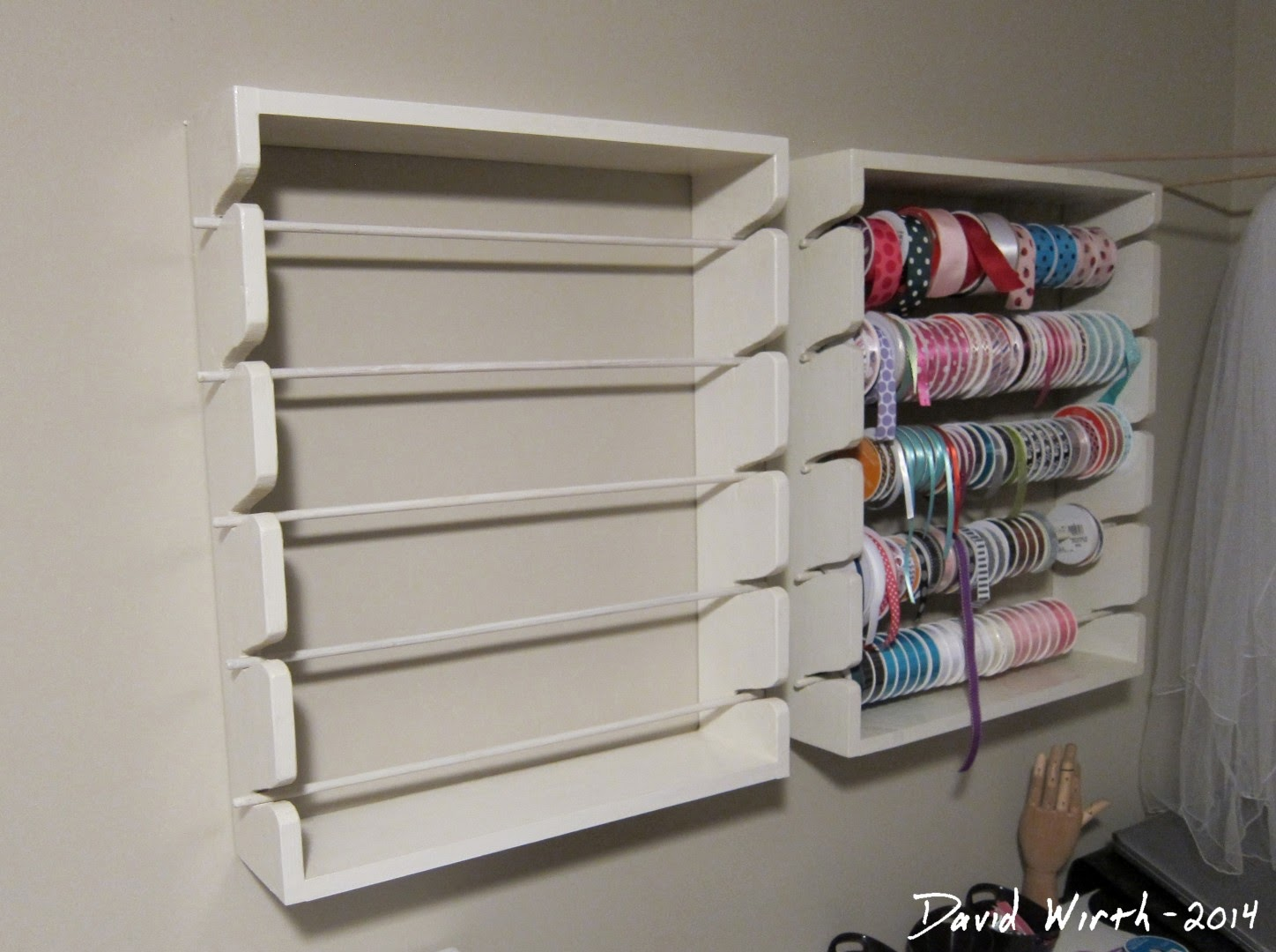 ribbon rack, wall mount