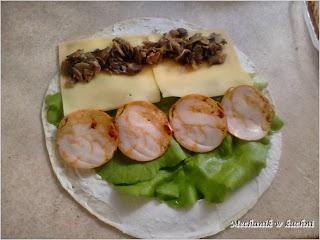 """Sushi """"po naszemu"""" z tortillą mechanik w kuchni"""