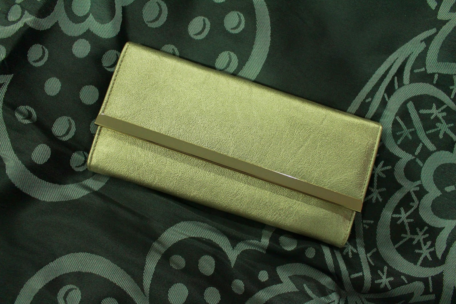 Colette Hayman Maisy Straight Bar Wallet - Gold