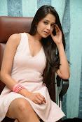 Abha Singhal Glam pics-thumbnail-7