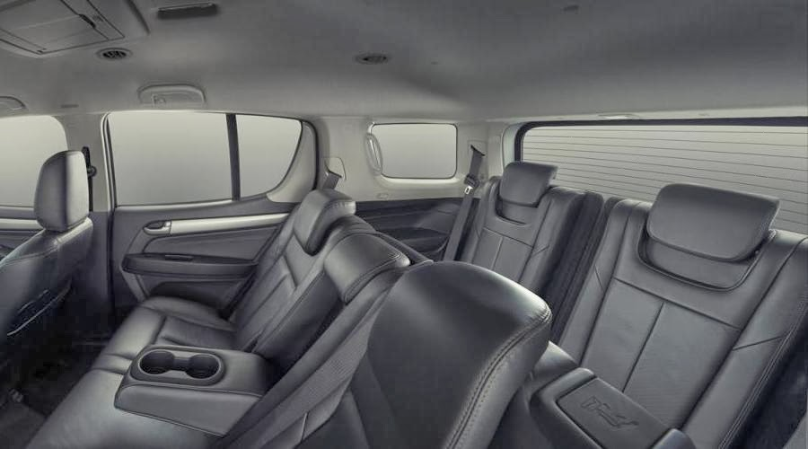 Isuzu MU-X (2014) Rear Seats
