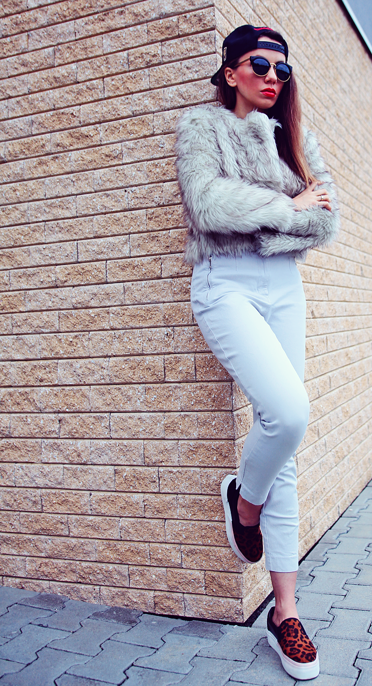 faux fur cropped jacket