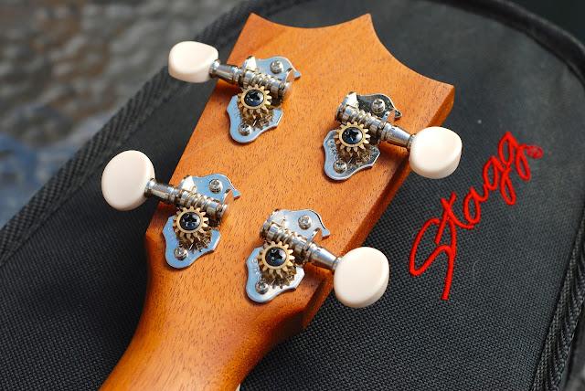 Martin T1K ukulele Grover tuners