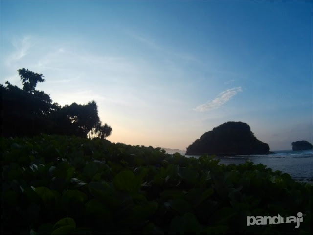 Suasana Pagi di Goa Cina