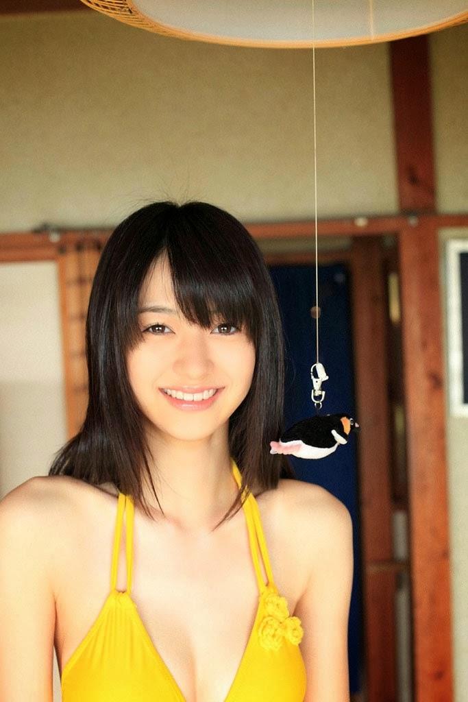 rina aizawa sexy yellow bikini 03