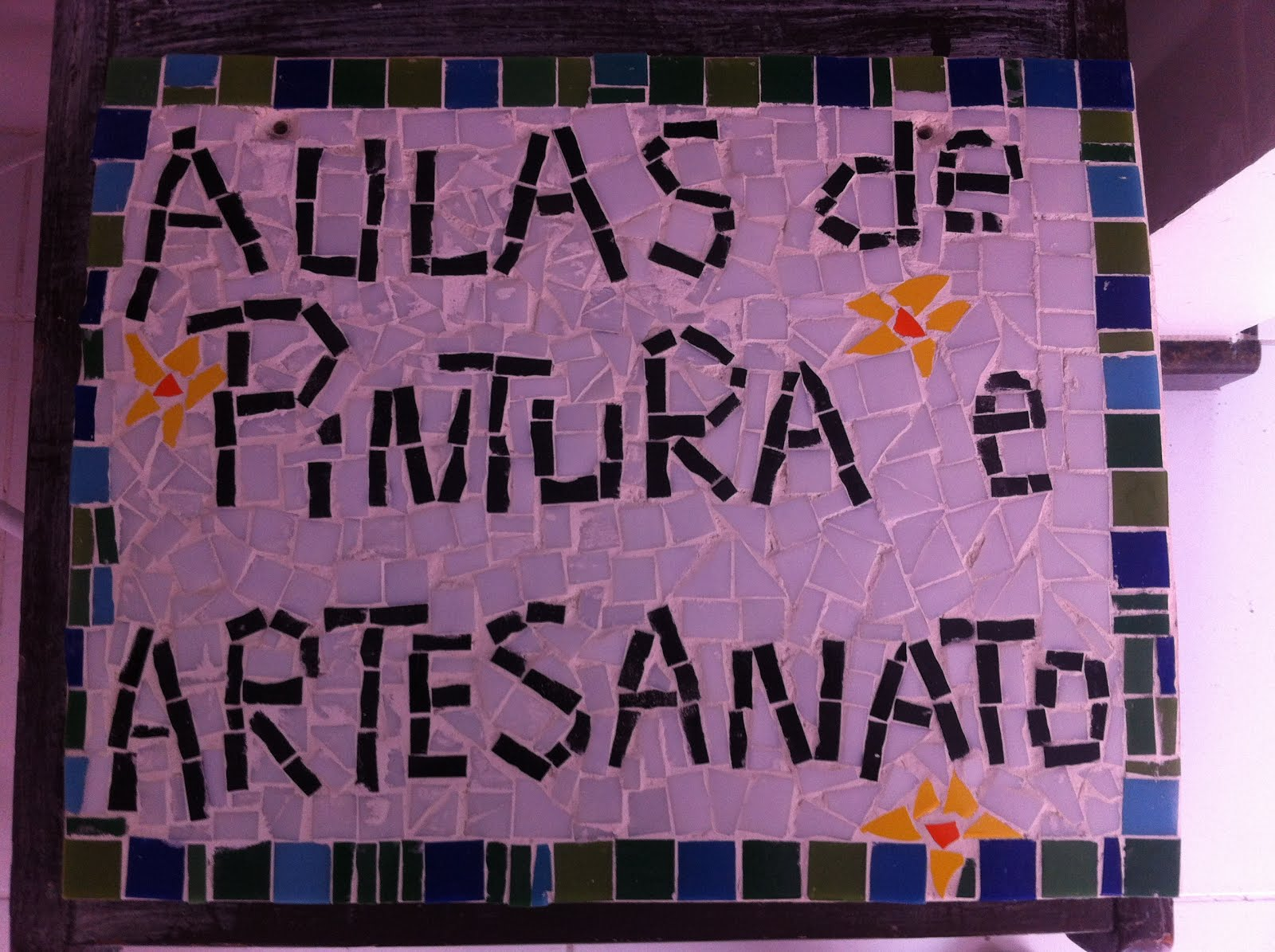 Mosaico, biscuit,pintura em tela , decoupage, pátina, Mdf