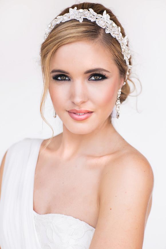Tia Bridal Lace Headband - http://www.perlejewellerymakeup.com.au