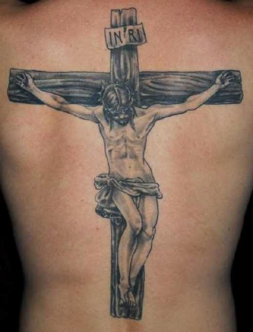 Tatuaje de crucifijo y Rosario