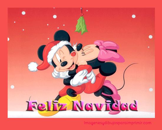 Mickey y minnie mouse bajo el muerdago