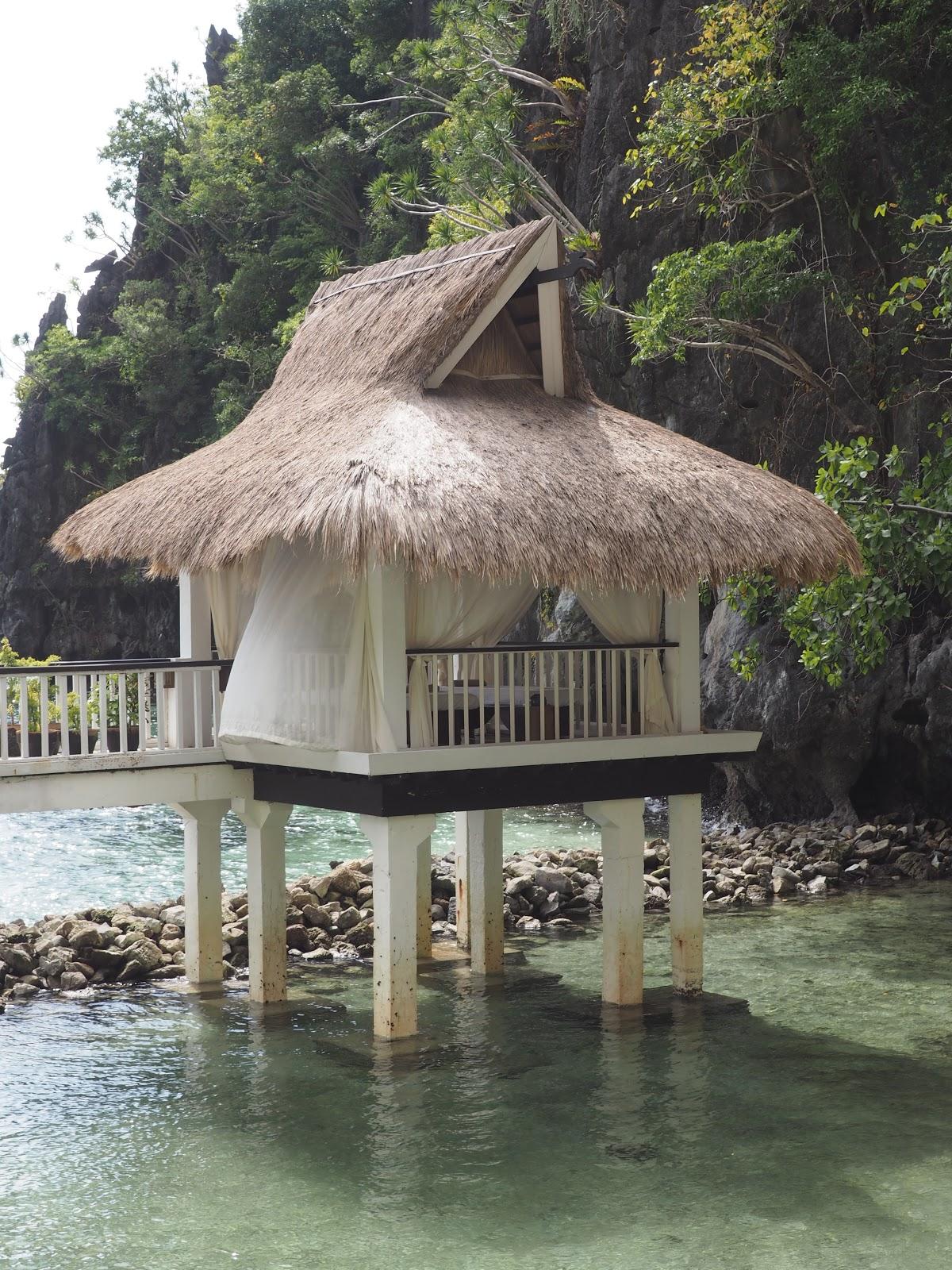 Luxury Massage Hut in the sea, El Nido Resort
