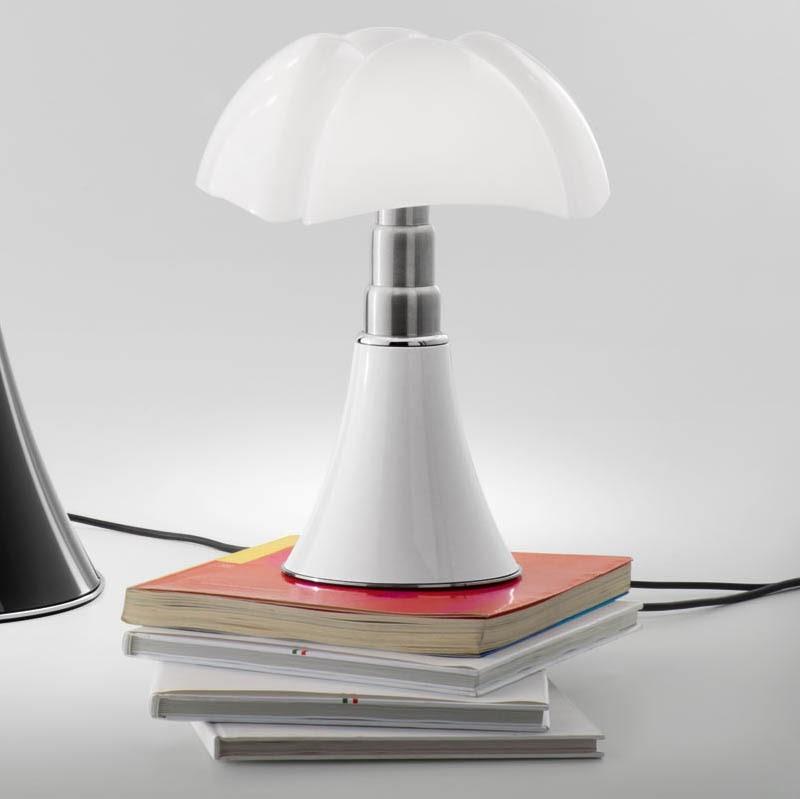 Pipistrello Mini Table Lamp By Gae Aulenti
