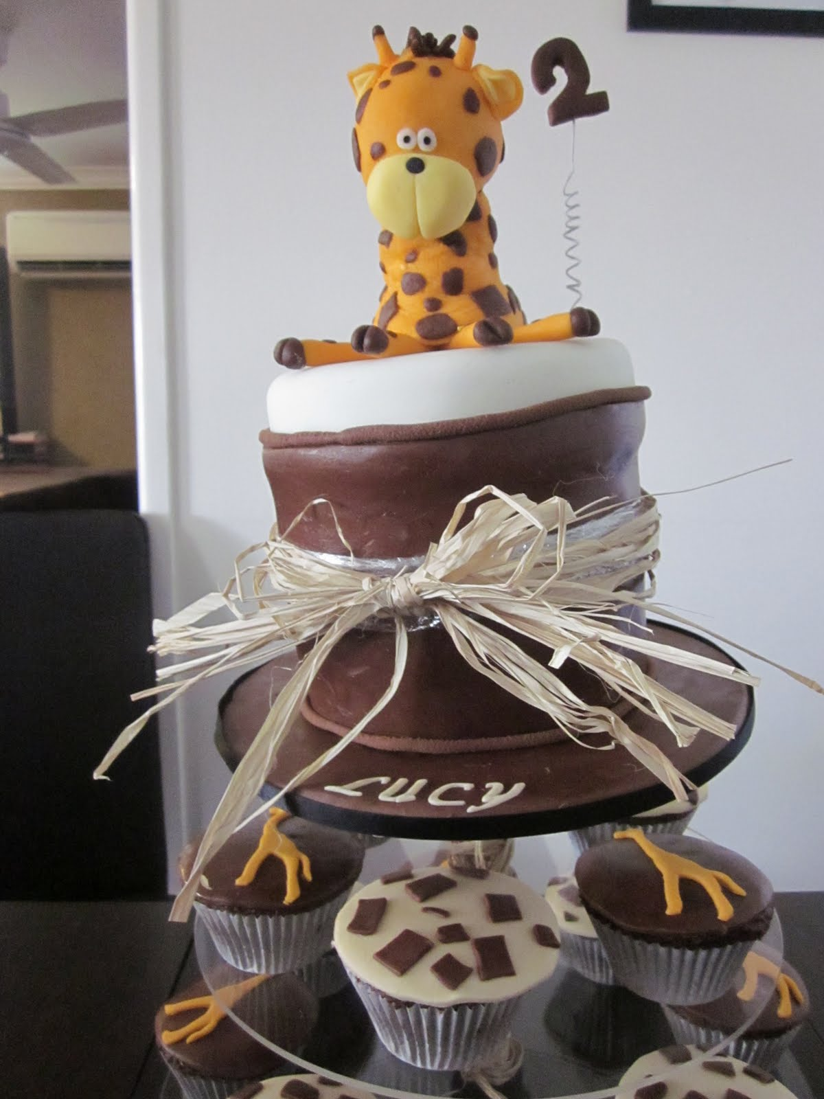 Deb S Cakes And Cupcakes Giraffe 2nd Birthday Cake