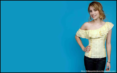 Emma Roberts Cute wallpaper 2
