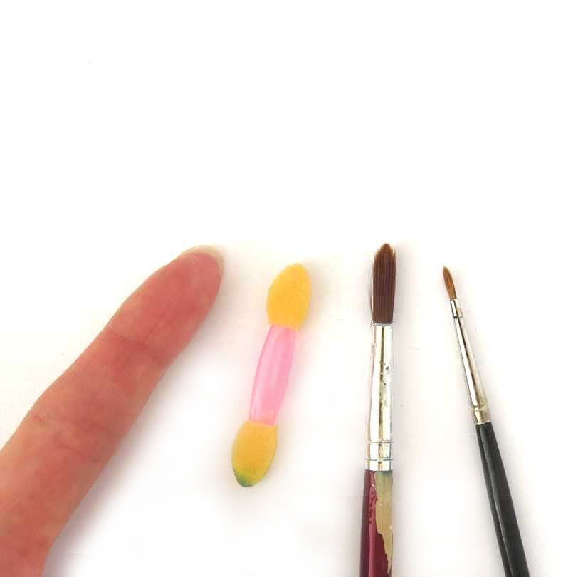 Colouring polymer clay tools