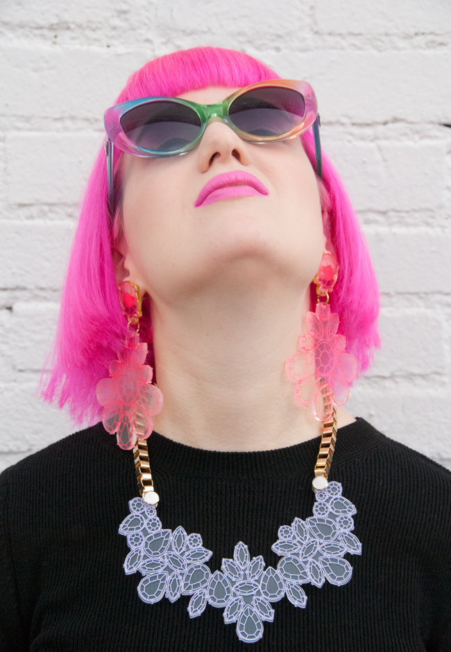 unif sunglasses, kanokkorn lamlert, hot pink hair