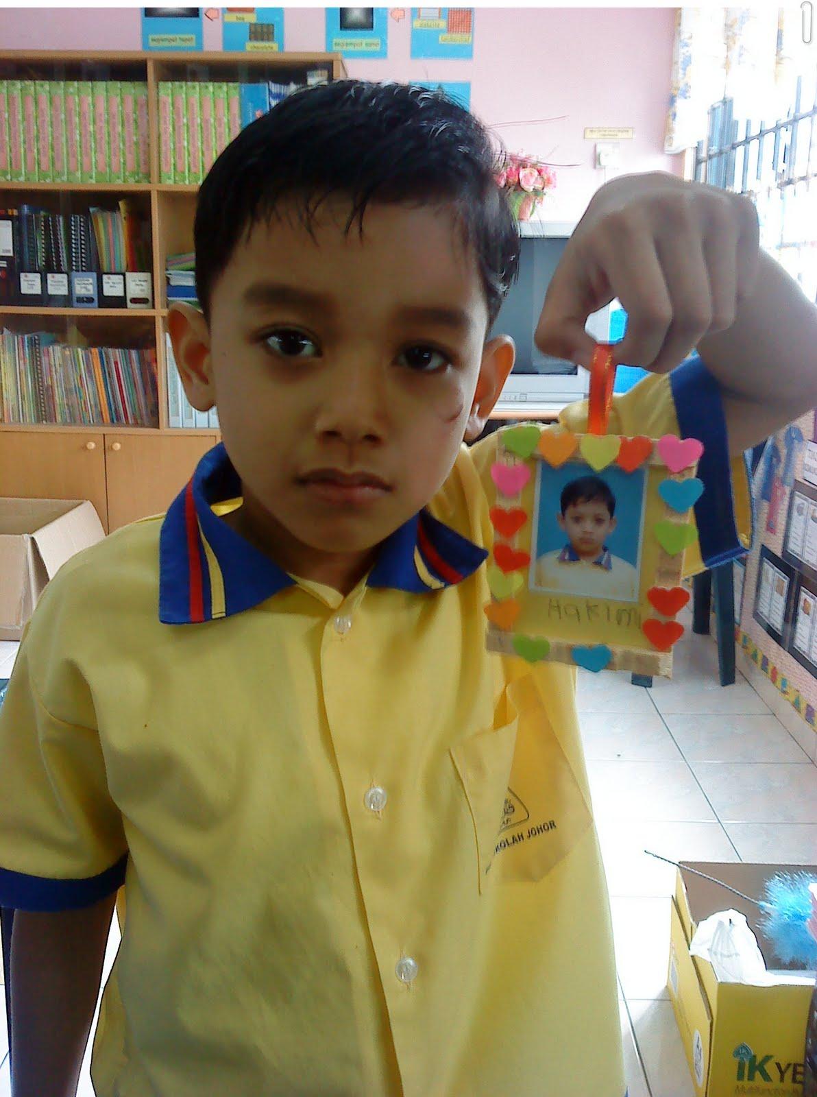 Ini adalah salah seorang murid dengan hasil kreativitinya sendiri